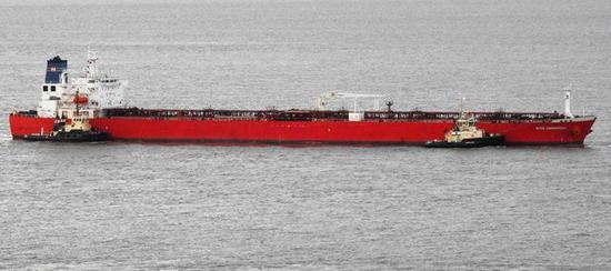 油轮遭疑似尼日利亚偷渡客劫持 英国出动特种部队展开救援