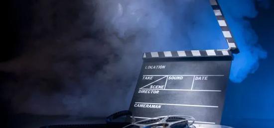胡锡进:娱乐明星蹿红须有德行支撑 德不配名意味着危机四伏图片