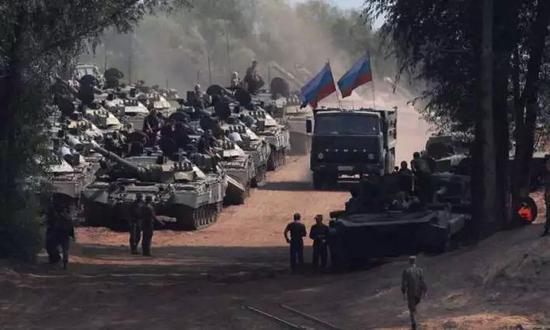 俄专家信托,俄军具备大局限军力投送手段,在这方面拥有富厚履历。