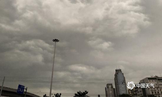 [摩天娱乐]布局地雨大似泼水摩天娱乐图片