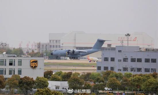 侠客岛:全球呼吸机告急!中国能满足需求吗?图片