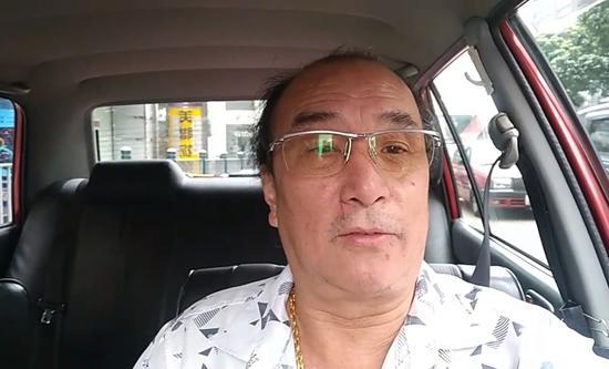 香港的士司机:面对暴徒破坏 我们这么做