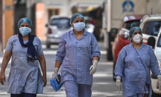 印度日增确诊降至近46天来最低 累计逾2789万例