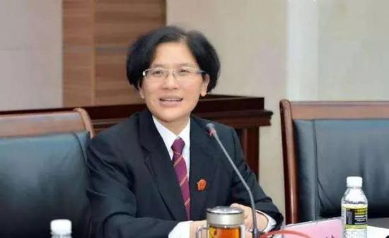 前夫被捕3天後,省高院女副院長被公訴圖片