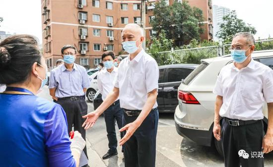 紧盯这件关键小事,蔡奇陈吉宁要求坚持问题导向,推动垃圾分类成为社会新时尚