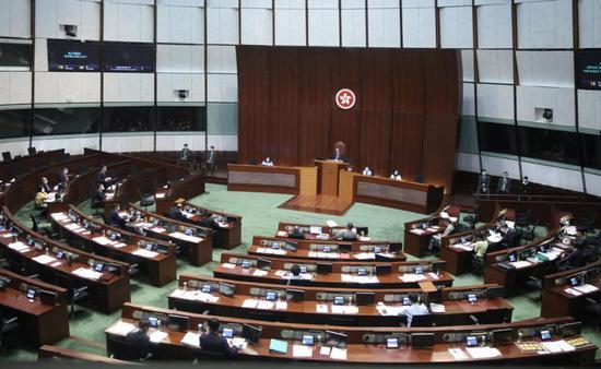 香港特区立法会选举推迟举行 专家:合理、合法、合情图片