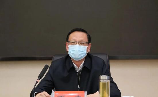 [杏悦平台]为市委杏悦平台书记他在抗图片