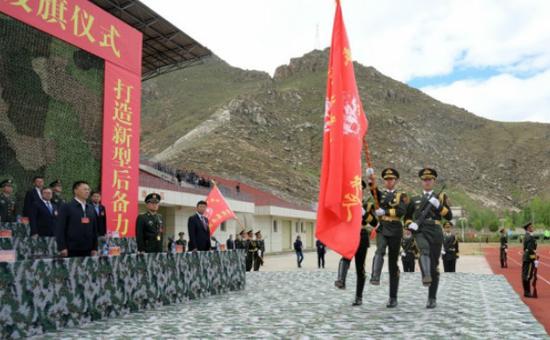 杏悦娱乐,入西藏军杏悦娱乐区司令向高原图片