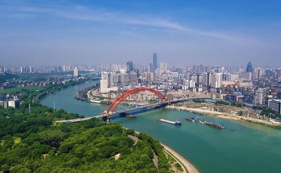 国庆黄金周有1880万人次进武汉,印媒吃惊图片