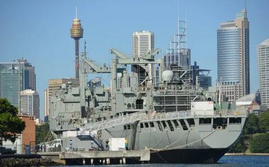 资料图片:澳大利亚海军军舰(新华社/法新)