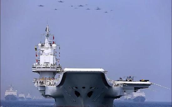 ▲ 中国海上大阅兵威武雄壮