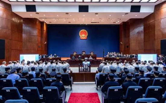 深圳中院经审理查明了陈永森黑社会性质组织的犯罪事实。