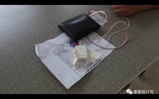 ▲警方查获的用于接收答案信息的考试作弊器材。 警方供图