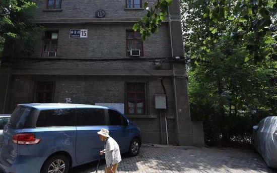 科源社区15号楼外景。 新京报记者 陶冉 摄