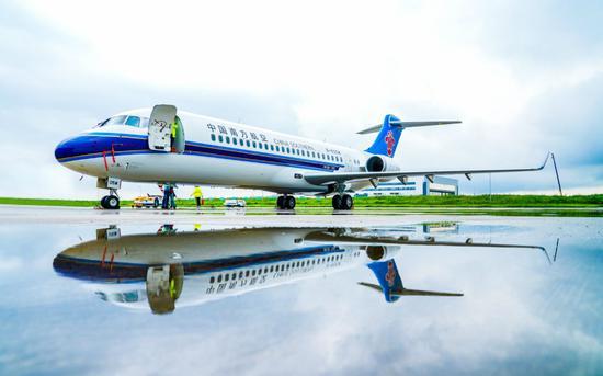 ARJ21飞机入编南航机队。中国商飞供图