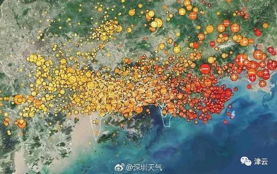 (4月11日20時25分-23時25分,深圳記錄到704次雷電)