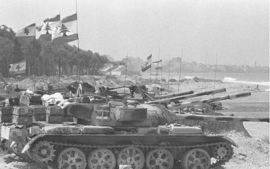 ▲1975年,黎巴嫩爆发内战