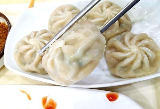春节这天,朴槿惠在拘留所有福利餐
