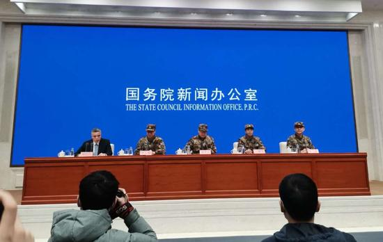 蓝冠,3批次4000多名医护人员驰援武汉蓝冠图片