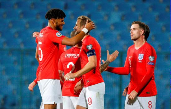 欧预赛英格兰队再遭种族歧视 英总足要求紧急调查