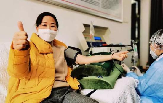 康复医务人员捐出首批特免血浆:若真有用 再捐一次也可以图片