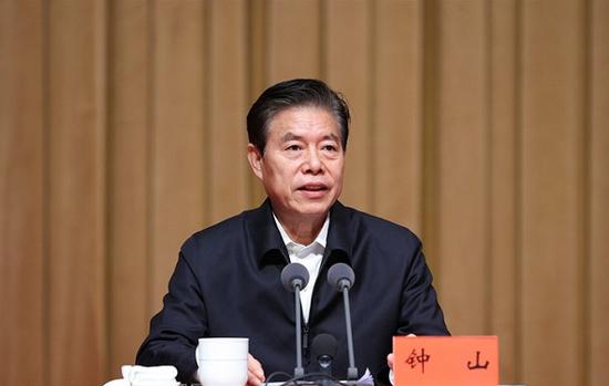 钟山、韩长赋、鄂竟平、刘永富、李玉赋的新职务