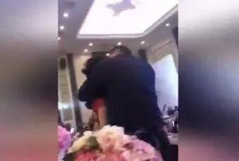 资料图:江苏盐城公公强吻儿媳视频截图