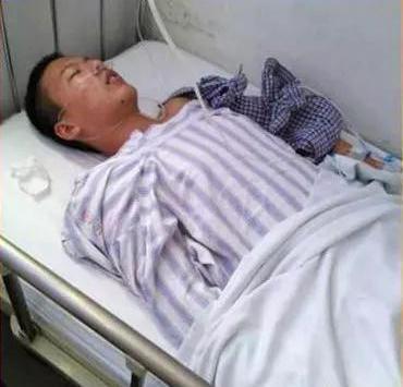 沈皓为爸爸捐献造血干细胞。