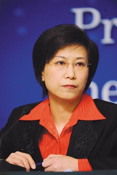颜江瑛 食药监总局新闻宣传司司长、新闻发言人