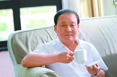 饰演邓小平的演员马少骅