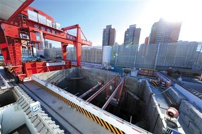 昨日,地铁12号线光熙门站全部竖井已开始施工。新京报记者 浦峰 摄