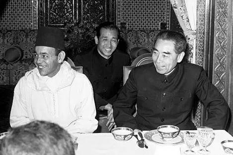 1965年2月,周恩来会见来访的古巴革命领导人切・格瓦拉。