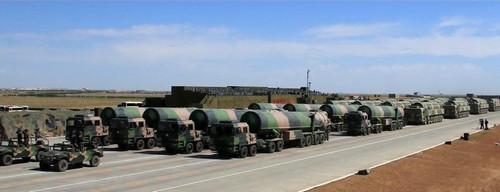 2017年,中国的军备建设取得了有目共睹的成就。图为参加建军90周年阅兵式的核导弹方队。(资料图片)