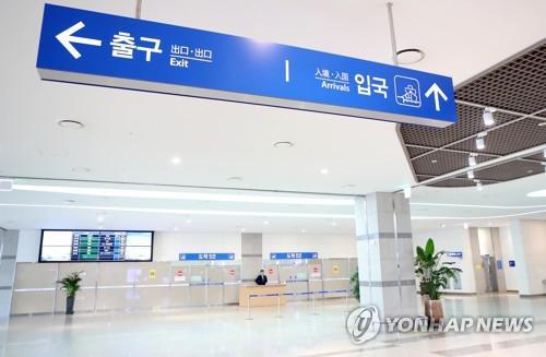 中国游客消失后冷清的釜山港客运站