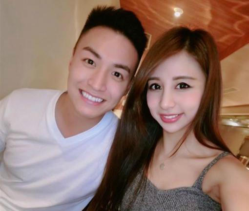 高钰雯与弟弟(图片来源:台湾《中时电子报》)