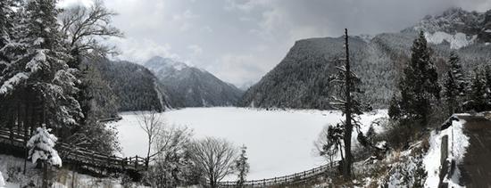 雪中的长海