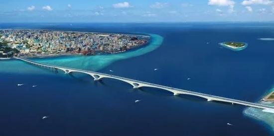 ▲中国援建马尔代夫的中马友谊大桥模拟图(中交二航局)