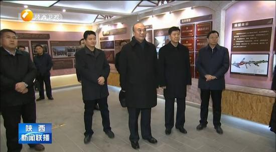 澳门电子游艺:两年三省历练_这位代省长就职前还去了梁家河