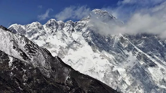 ▲珠峰无疑是冒险者眼中的极乐园 图据法新社
