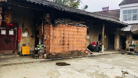 王自新的家(刘向南 摄)