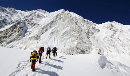 ▲登山者。图据网络