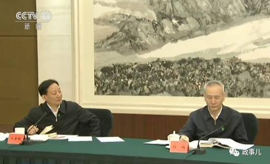 刘鹤与江金权(左)
