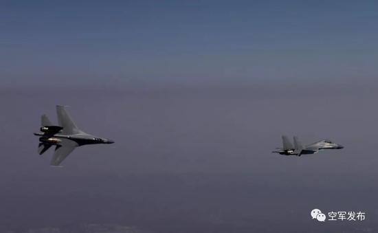 ▲3月8日,西部战区空军航空兵某旅组织新型战机实战课目训练。