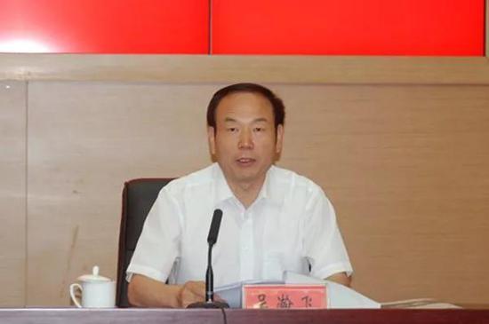 """本次披露的三位组长中,杨鑫是位""""巡视新人"""",不过他是""""纪检老人""""。"""
