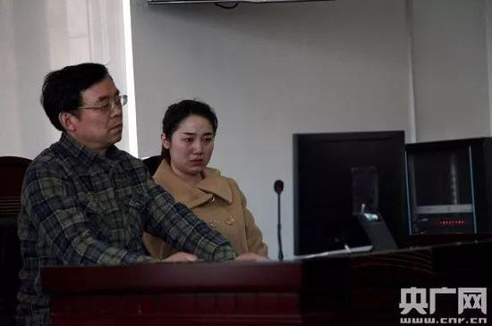 硕士因专业不符遭拒录 原告父亲质疑法院和稀泥