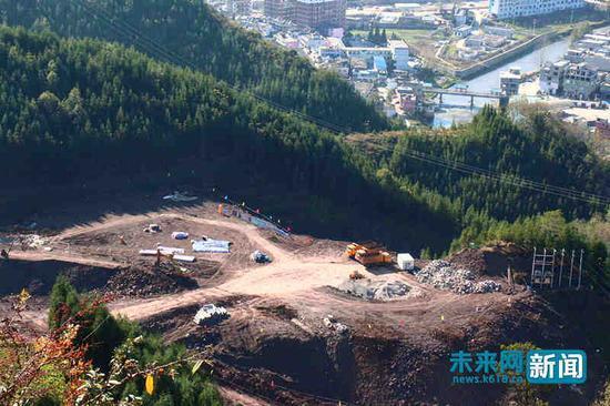 11月27日,俯瞰大河特大桥施工现场。未来网记者宋霞霞 摄