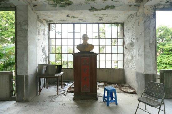 图为台北一处蒋公铜像。(图片来源:台湾《联合报》)