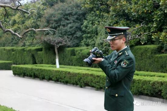 ▲强天林于2012年考入国防科技大学,正式入伍。受访者供图