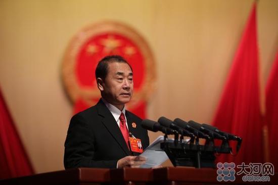河南省高级人民法院院长张立勇作河南省高级人民法院工作报告。