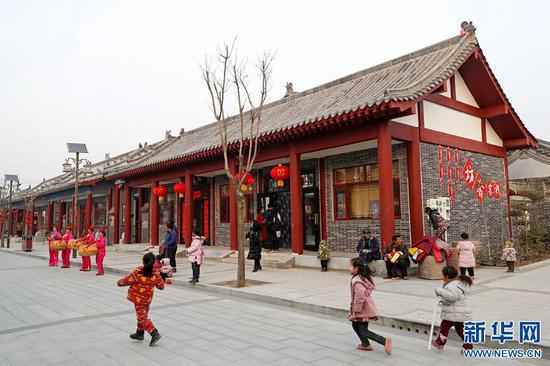 【网络媒体走转改】开封余店村:传统村落的美丽蝶变
